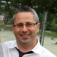 Prof.  Roberto Vezzani